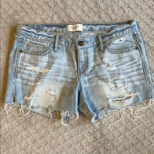 Women's ABERCROMBIE & Fitch Distressed shorts